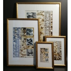 Plastic photo frame - gold